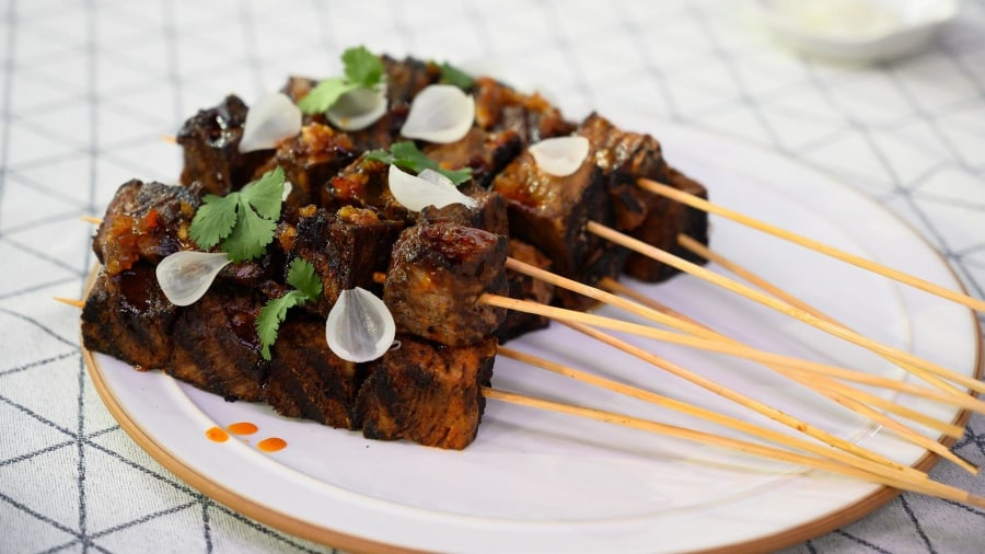 Nigerian-inspired recipe: Make Kwame Onwuachi's short ribs