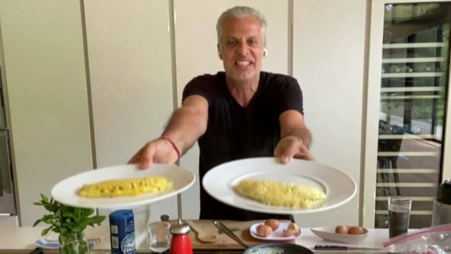 Chef Eric Ripert shares his secrets for the perfect fluffy omelet