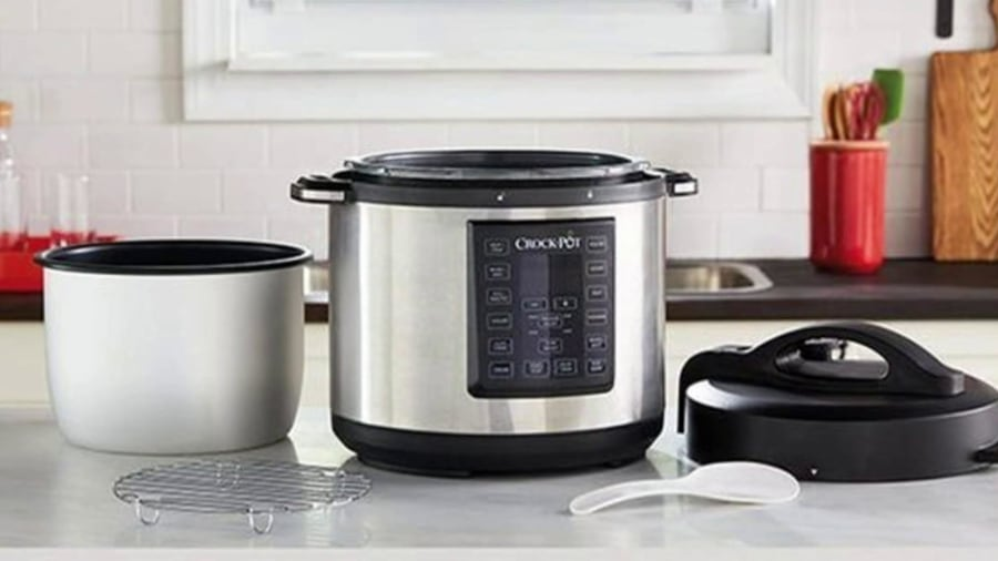 Nearly 1 million Sunbeam Crock-Pots are being recalled over burn hazard