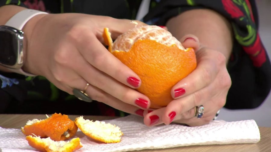 What are Sumo oranges? Hoda shares why she loves them