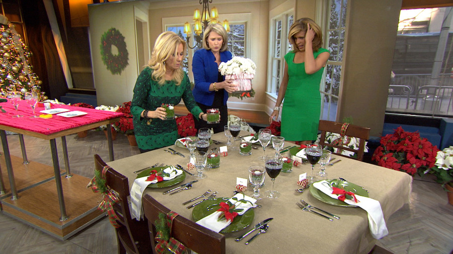 Design the perfect holiday table setting. Play Video - 322  sc 1 st  Today & Design the perfect holiday table setting - TODAY.com
