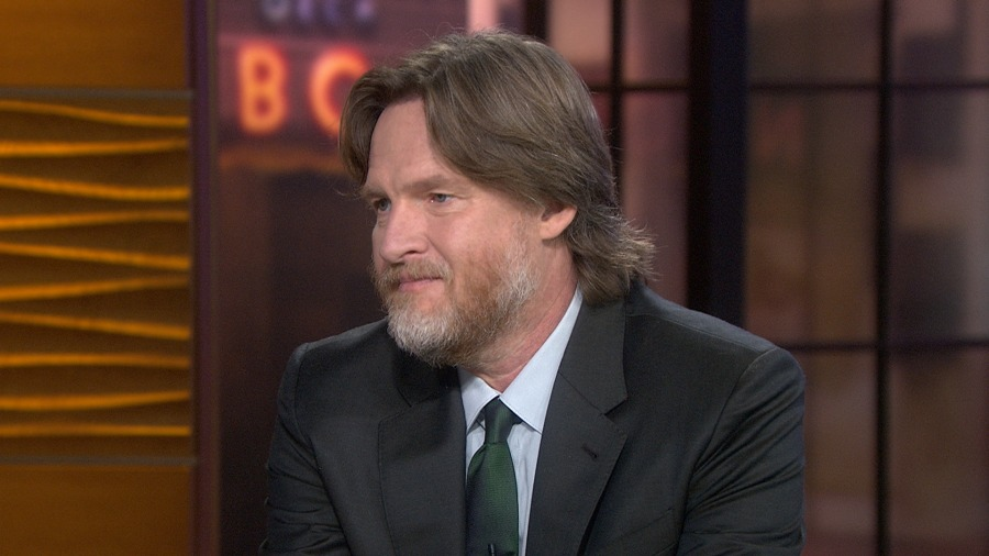donal logue height