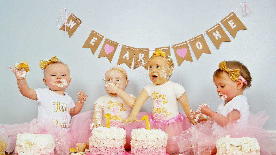 Twin girls look exactly like their lifesize birthday cakes TODAYcom