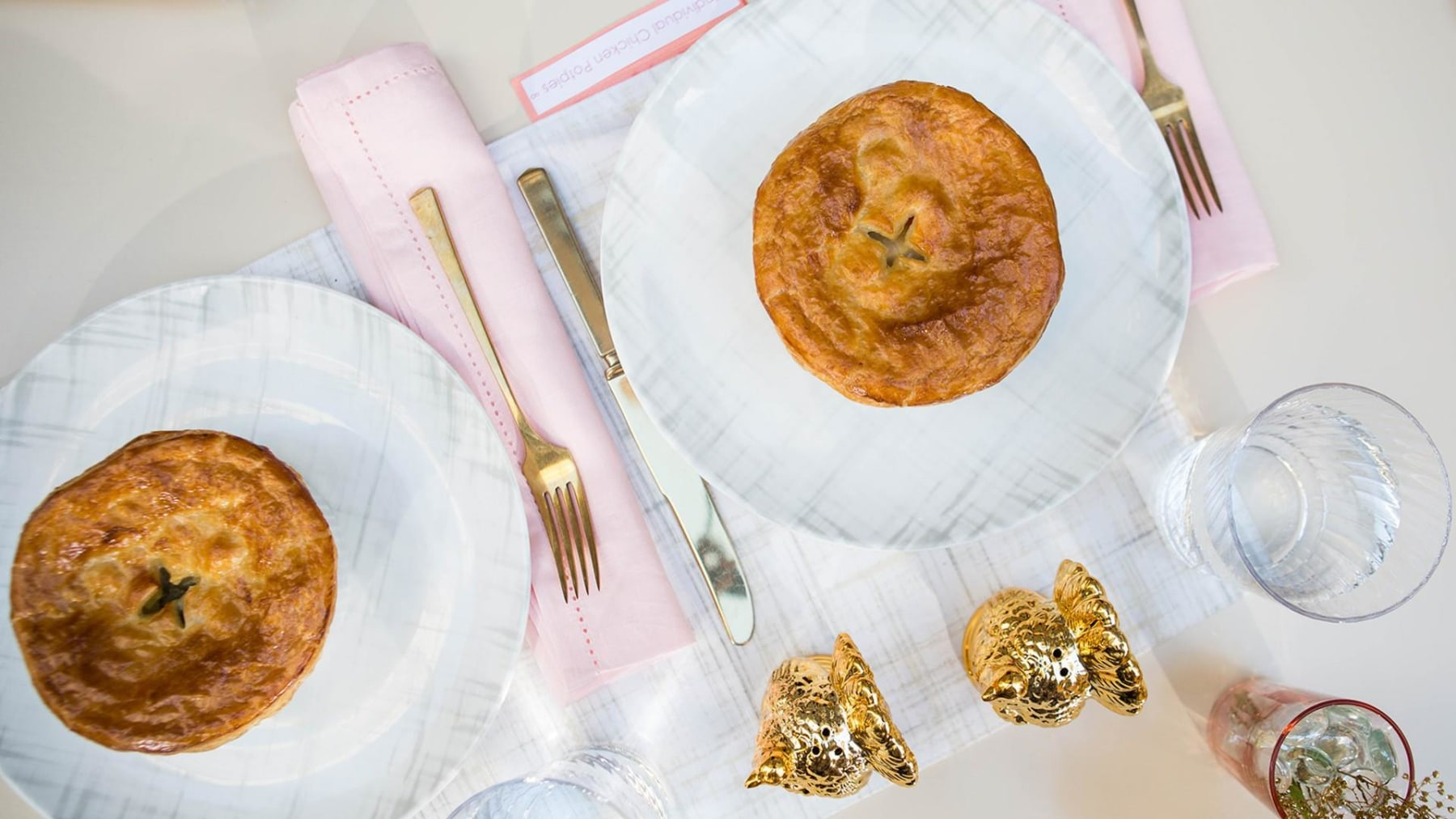 Cooking for two: Martha Stewart's Chicken Pot Pies & Mini Chocolate Cakes (today.com)