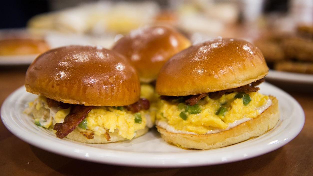 Egg Shop S Pepper Boy Breakfast Sandwich Today Com