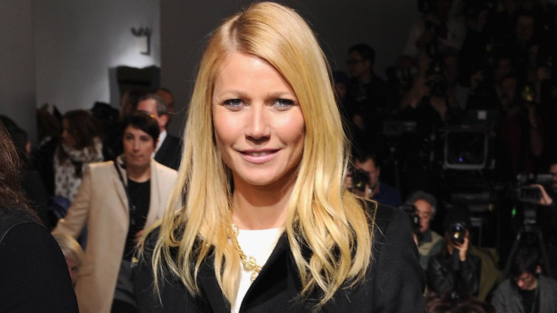 Image: Boss Women - Front Row - Mercedes-Benz Fashion Week Fall 2014