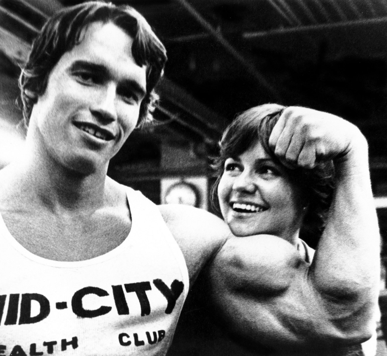 arnold schwarzenegger essay Releases the autobiography, arnold:  these two guys come up and they just start questioning me, with very intrusive questions about arnold schwarzenegger.