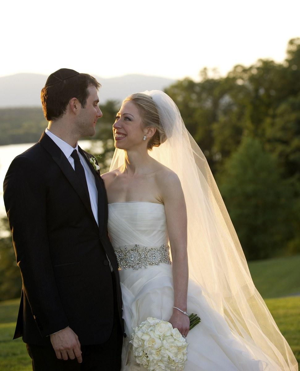 Wedding Slideshow: Family Affair: Four Siblings Share Wedding Day, Reception