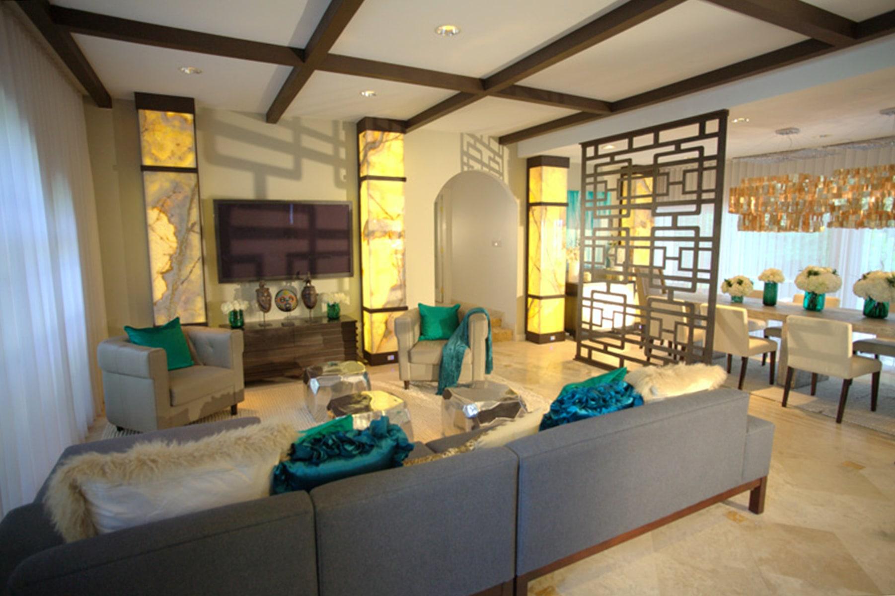 Living room makeovers interior designers fix design for Living room today