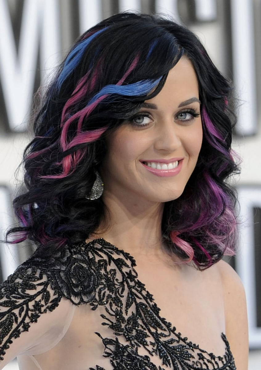 Katy Perry channels Britney Spears at VMAs in iconic denim ... Katy Perry