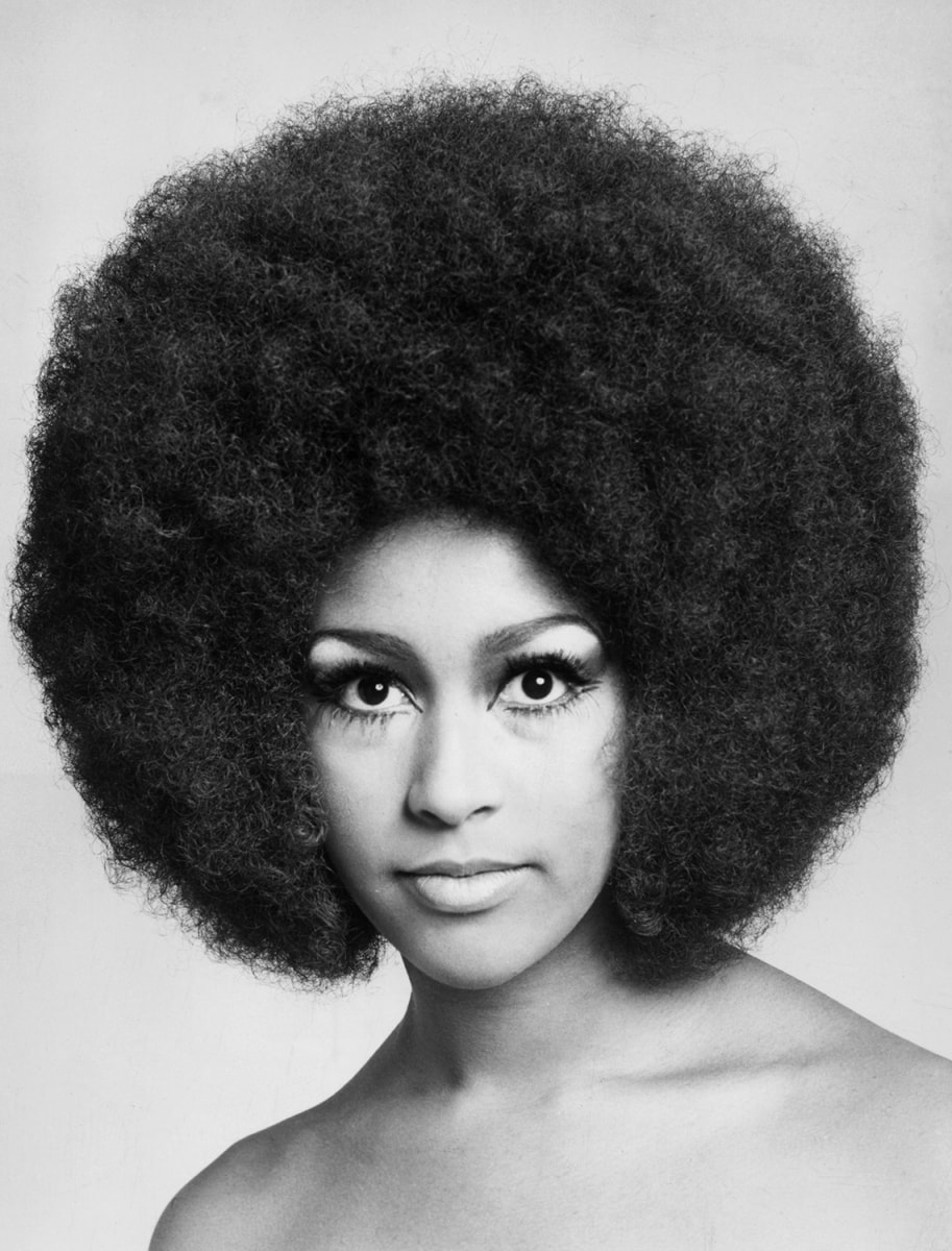 history of hair styles The 1970s was a decade of change dubbed the me generation by author tom wolfe, the young adults of the seventies found value in self-reflection and personal empowerment.
