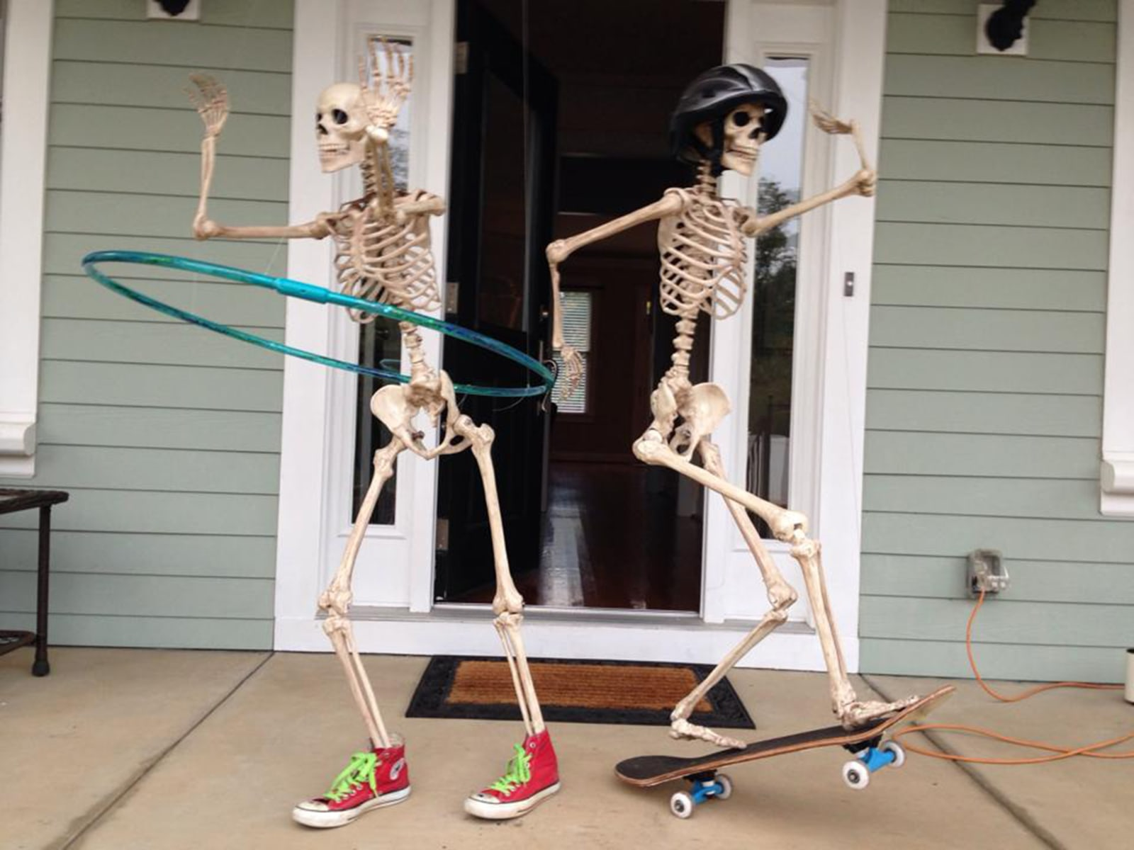 Halloween skeleton decorations - 1 Of 23