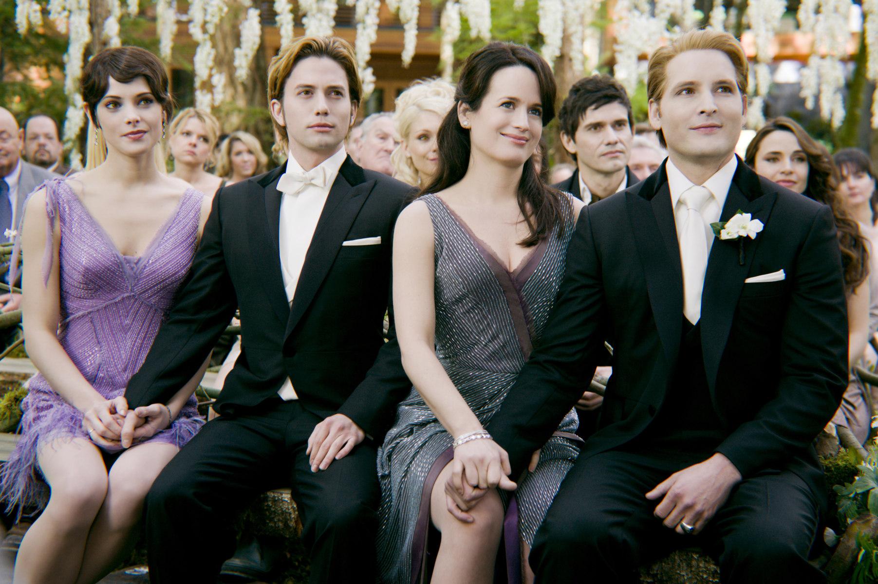Image cullen family breaking dawn wallpaper twilight series -  Twilight