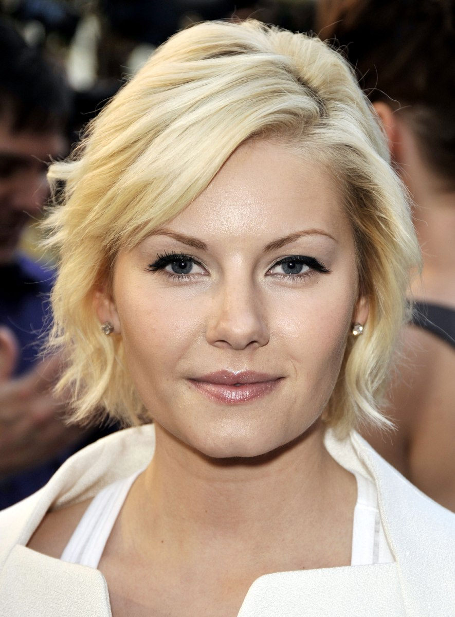 Elisha Cuthbert Latest Photos: William Shatner Still Conquering New Frontiers