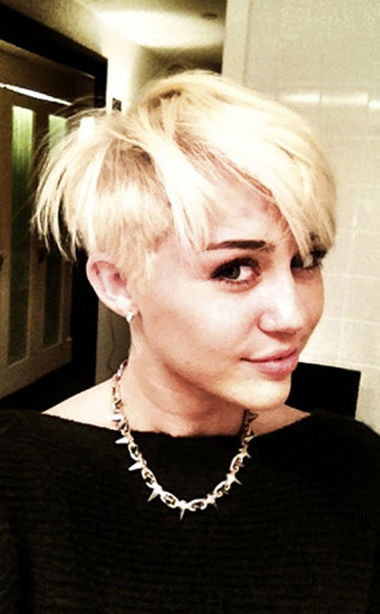miley cyrus says she doesn u0027t u0027ever really plan to offend u0027 today com