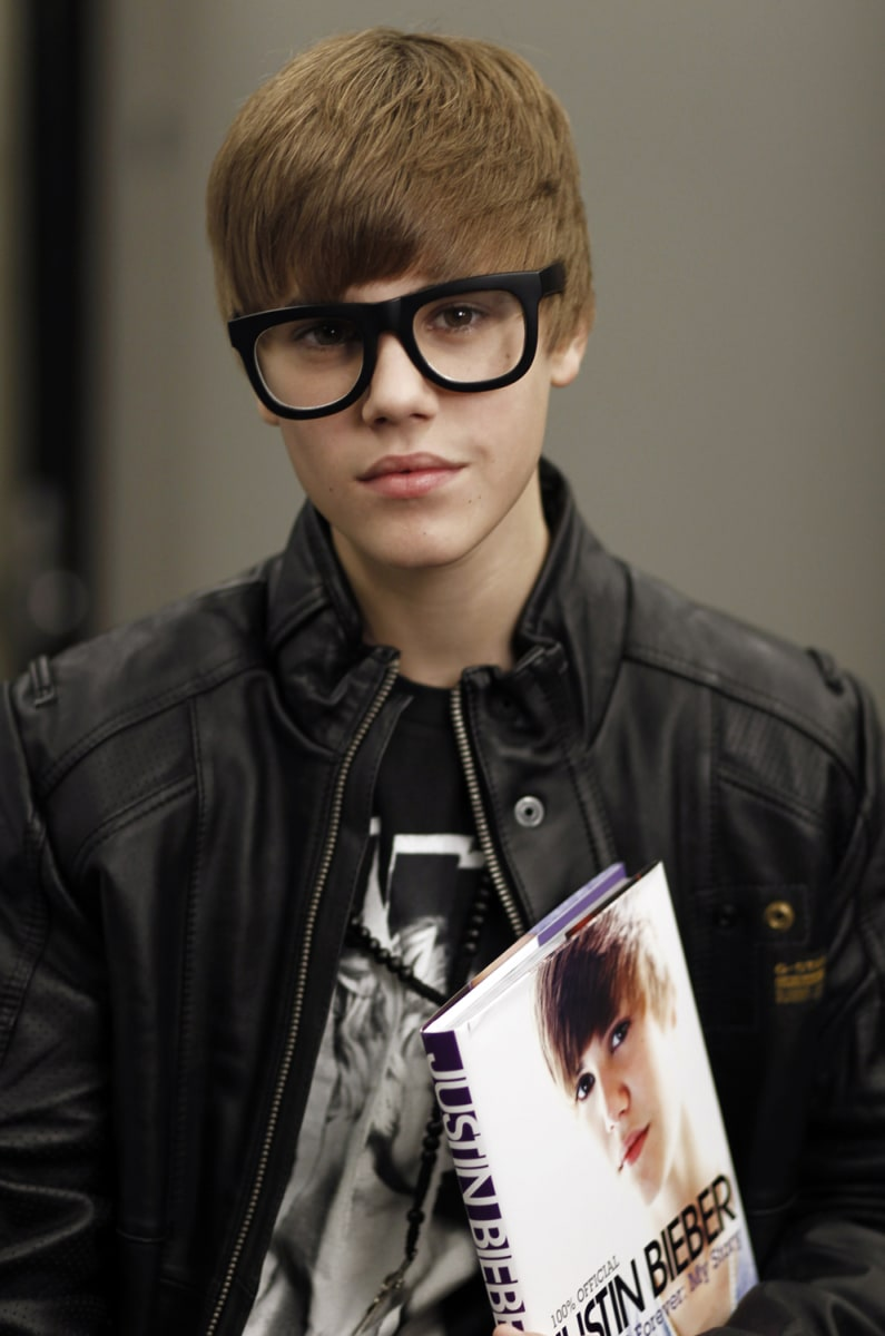 Justin Bieber's downfall in 8 simple steps - TODAY.com Justin Bieber