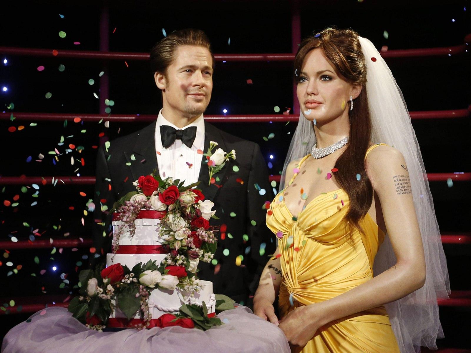 Images brad and angelina wedding cake