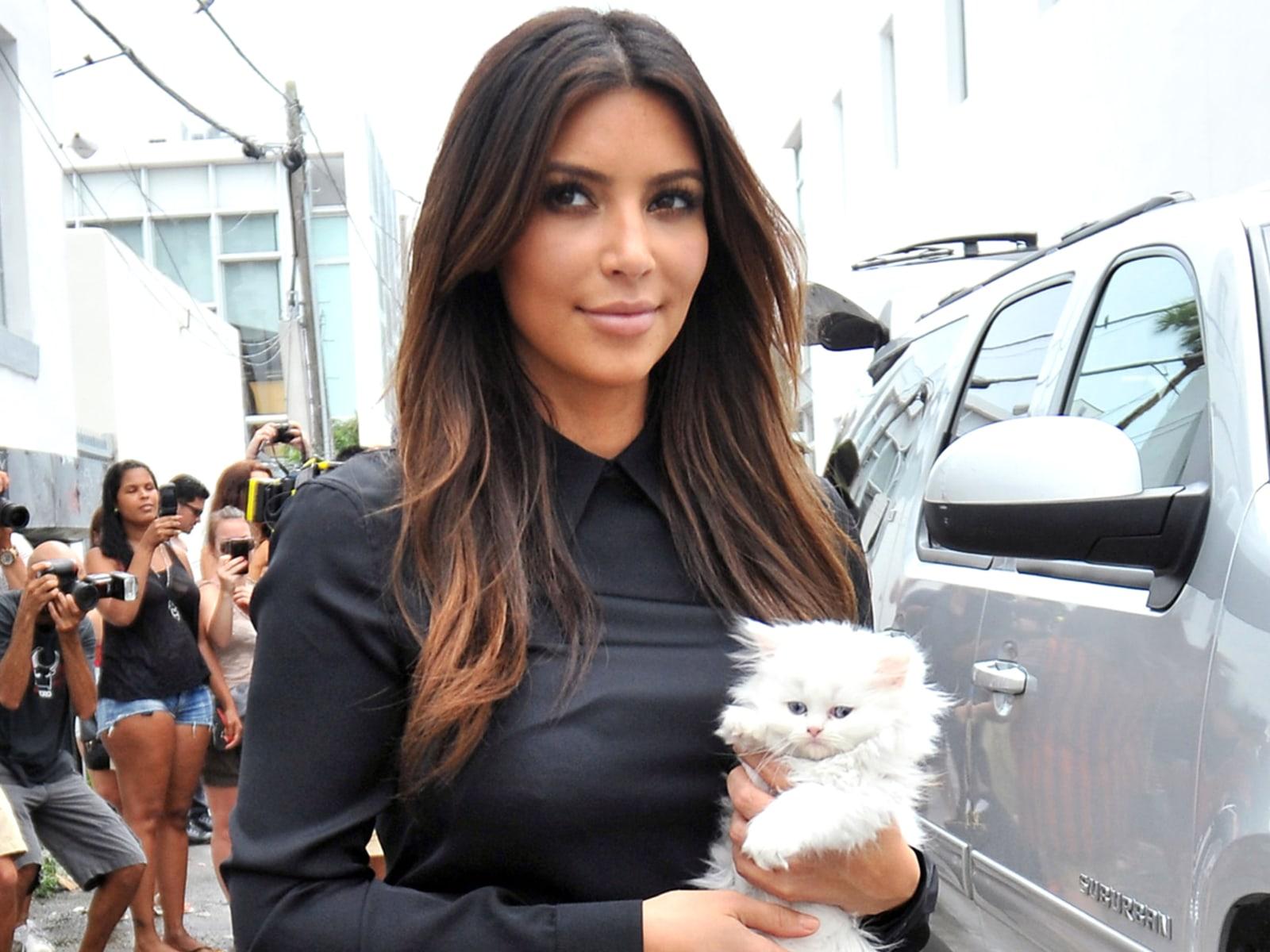 Kim, Kourtney and Khloe Kardashian head to their Miami Dash store with new baby girl Penelope