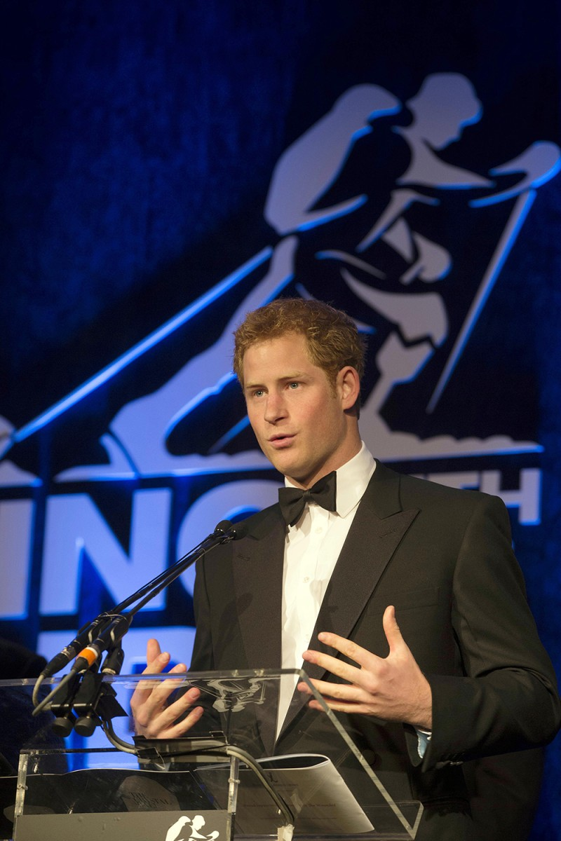 Royals wont lodge a complaint over nude pics of Prince Harry