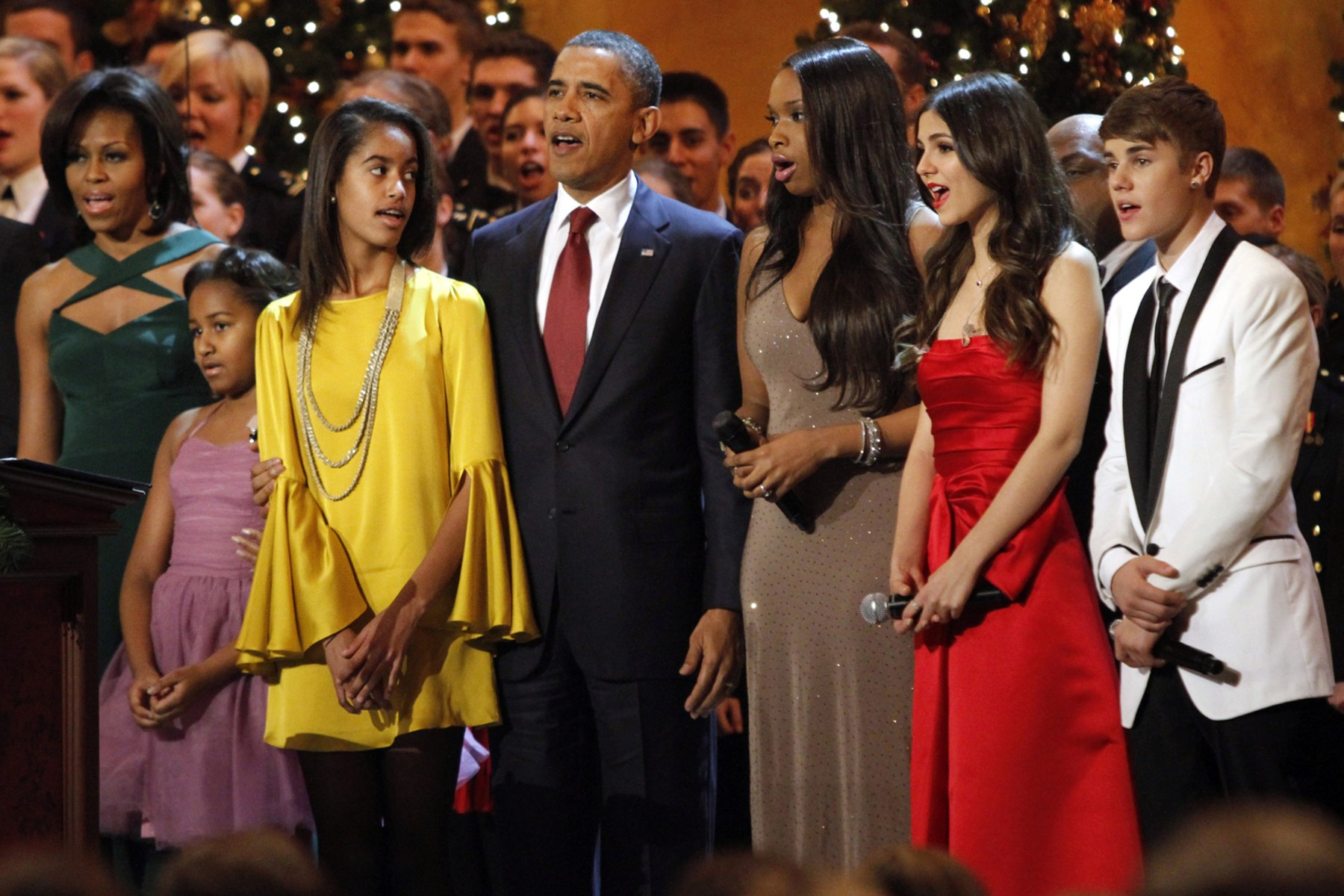 Malia Obama attends her first prom, president reveals - TODAY.com