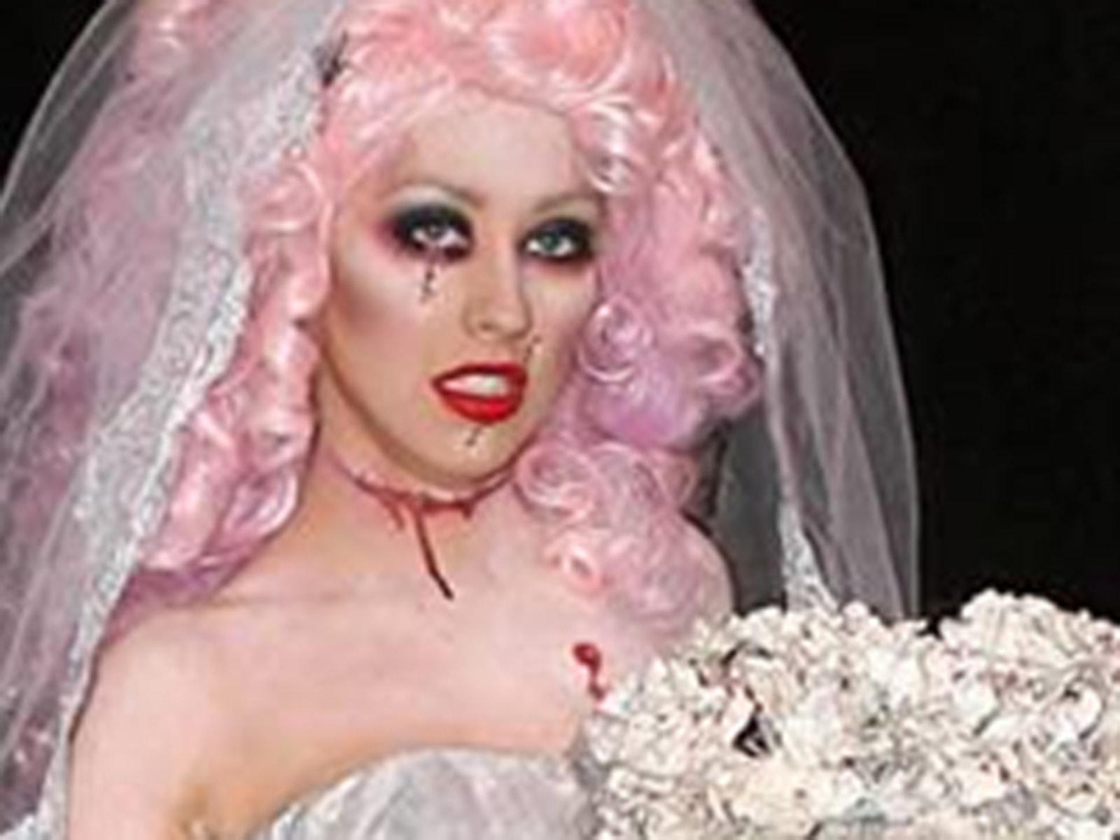 Image: Christina Aguilera as a corpse bride