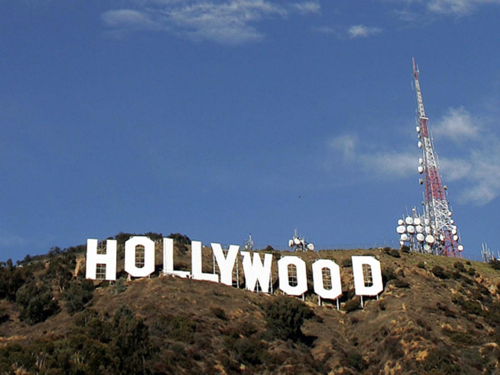 Image: Hollywood Sign Repainting Project Completed With LA Mayor Antonio Villaraigosa