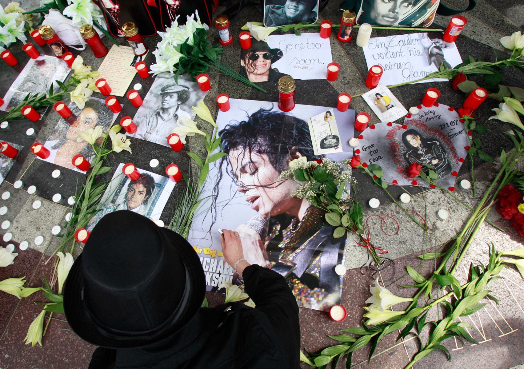 Смерть Майкла Джексона  Википедия