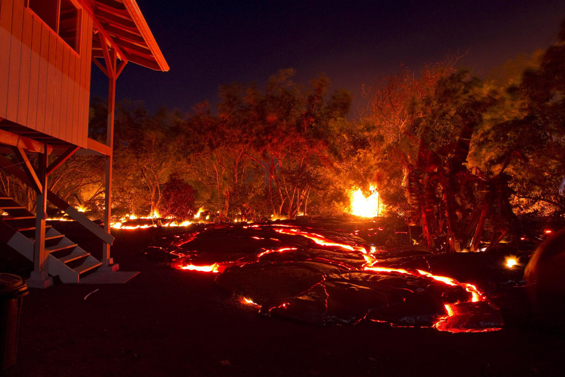 how to make volcano lava at home
