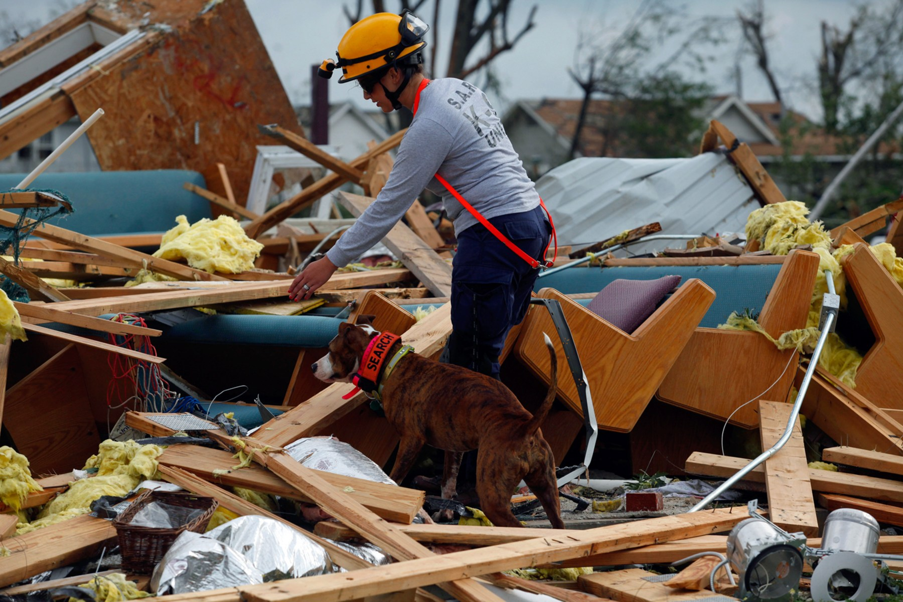 Deadly storms rake Midwest - TODAY.com