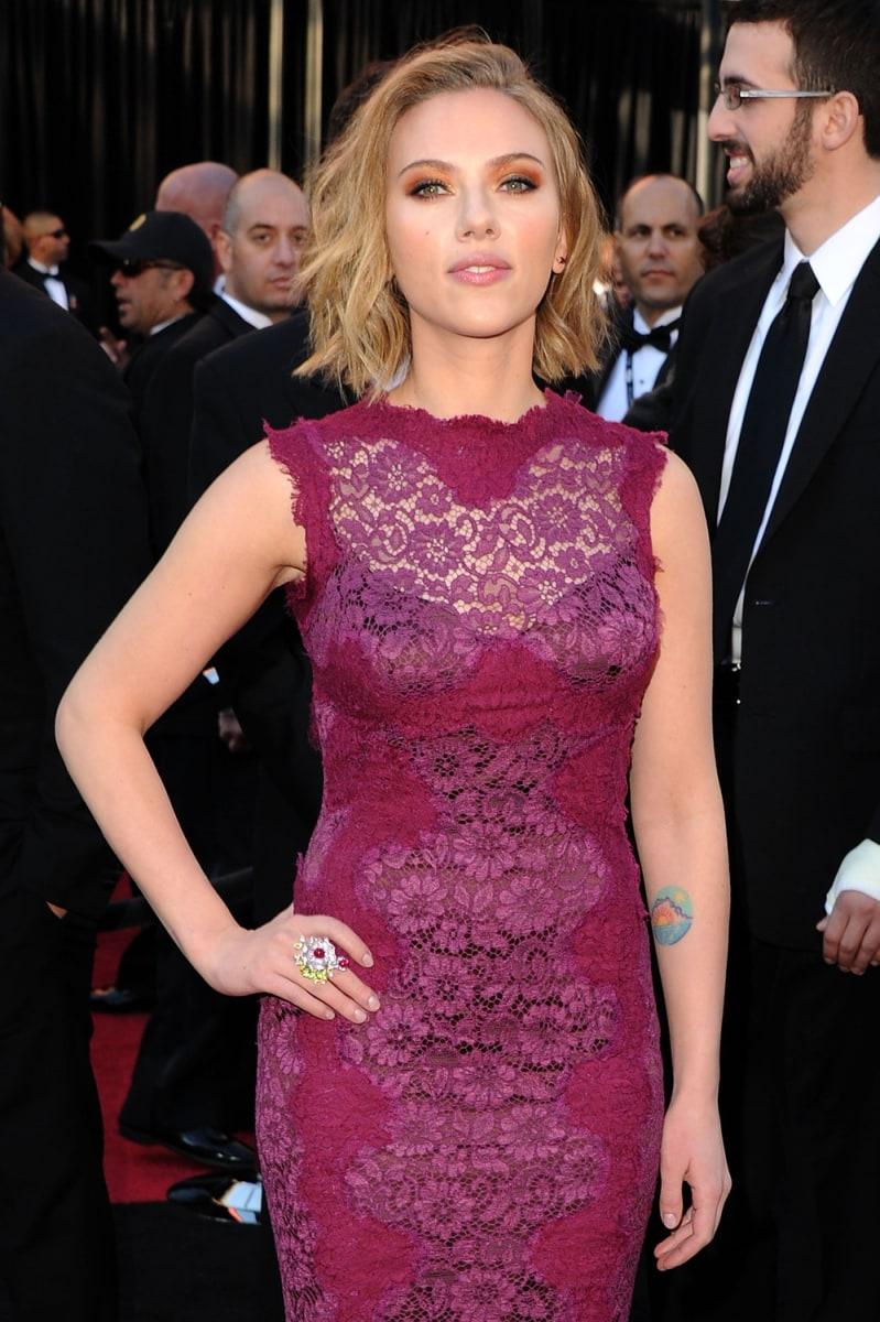 Melanie Griffith erases \'Antonio\' tattoo after split from Banderas ...