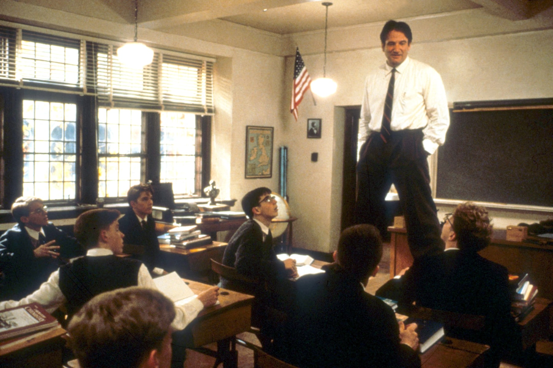 dead poets society teaching methods Dead poets society makes use of tracking shots, high angle shots, close ups, and panning it uses other techniques too, but i chose those because they are all used in the carpe diem scene.