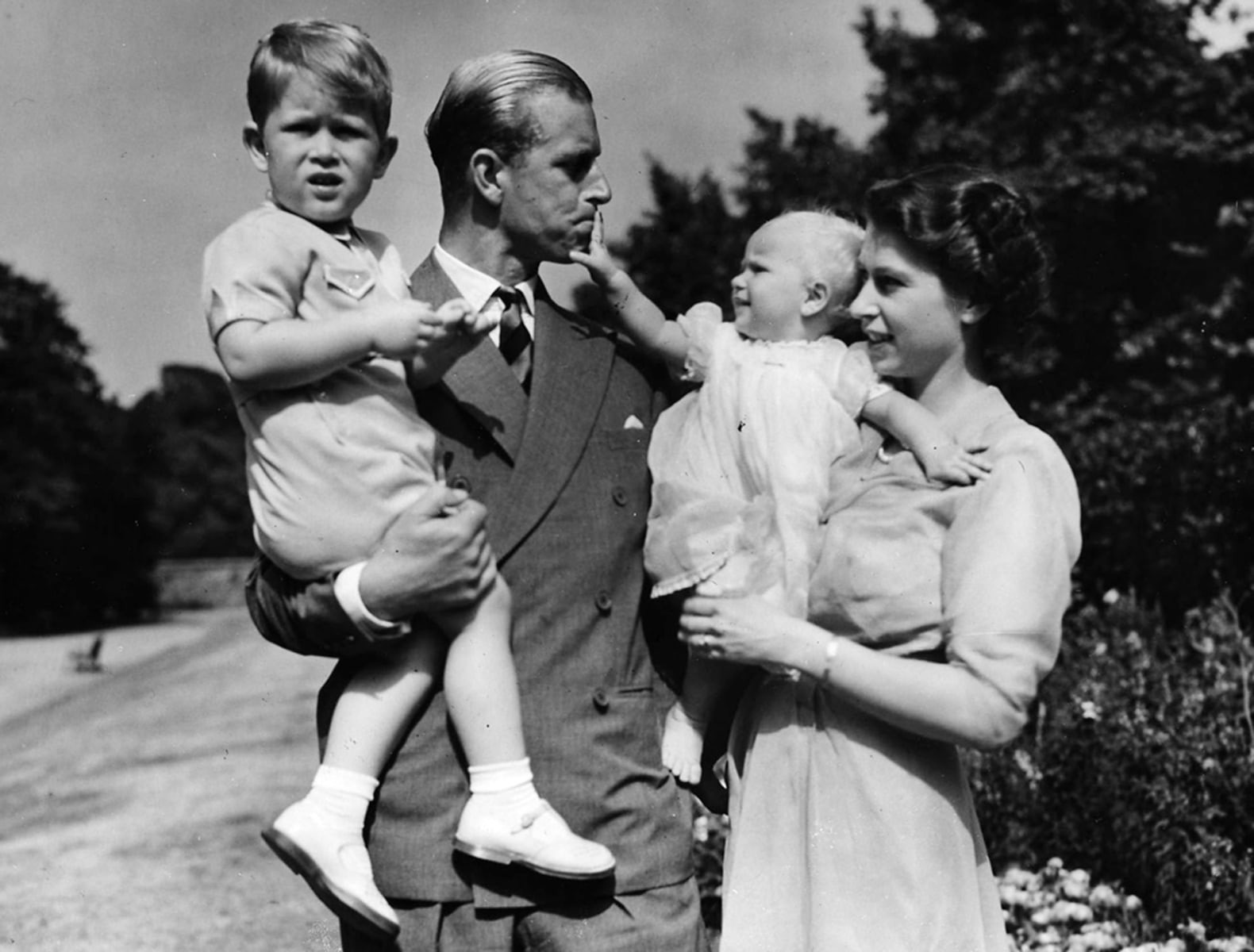 Prince Philip looks like grandson Prince Harry in 1957 ...