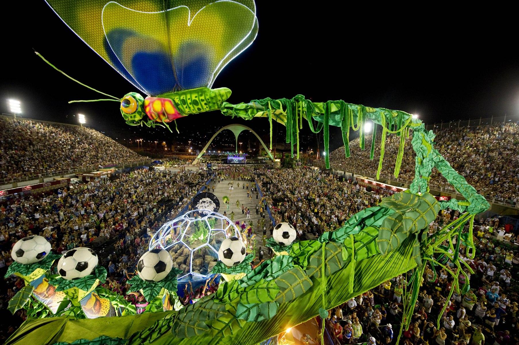 Image: BRAZIL-CARNIVAL-RIO-PARADE-SAMBADROME