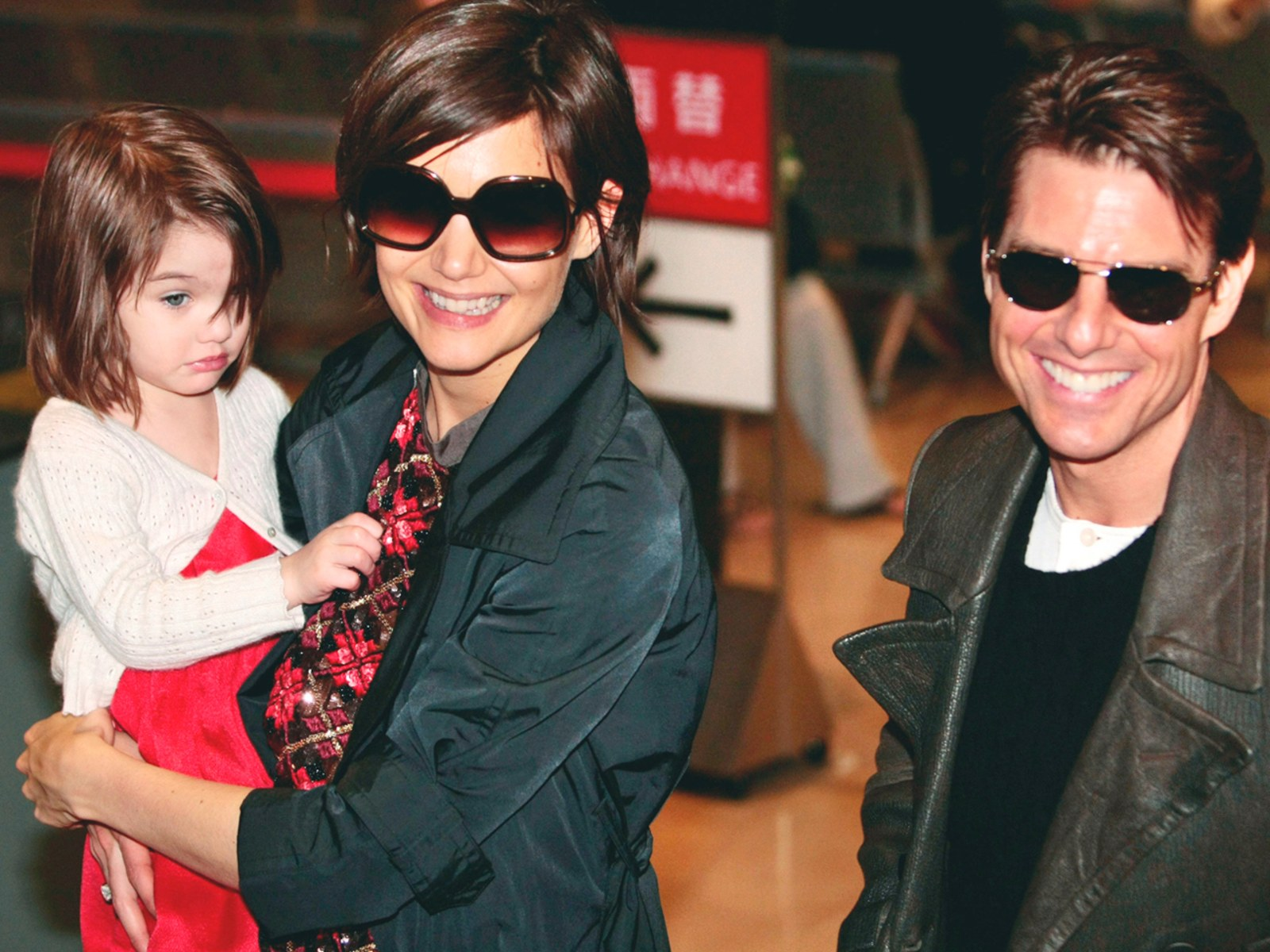 Image: Tom Cruise, Katie Holmes, Suri
