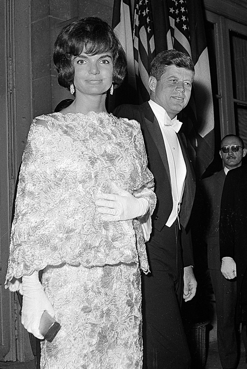 John And Jackie Kennedy: Princess Grace Exhibit Highlights Icon's Personal Style