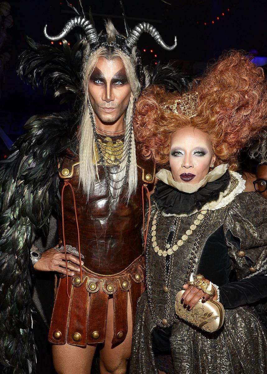 Heidi Klum wins Halloween again as stunning old woman ...