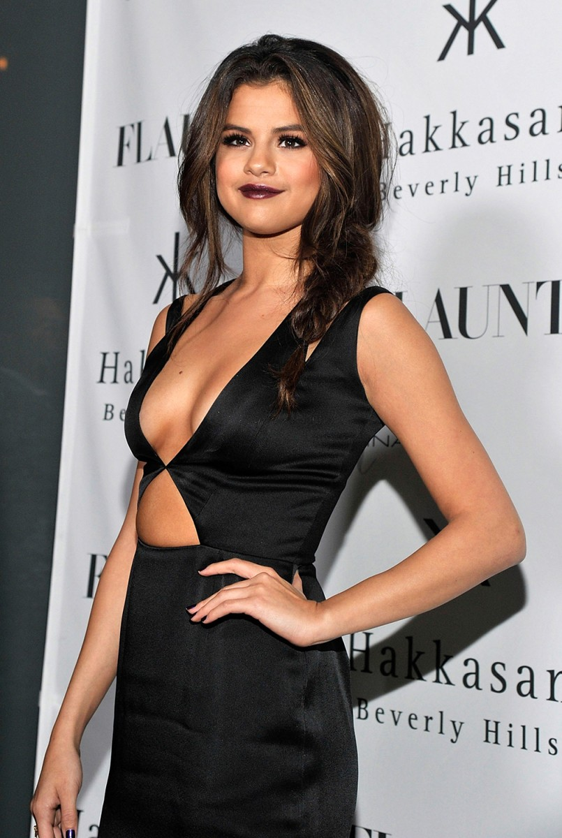 Image: Flaunt Magazine En Garde! Issue Launch Party With Selena Gomez And Amanda De Cadenet