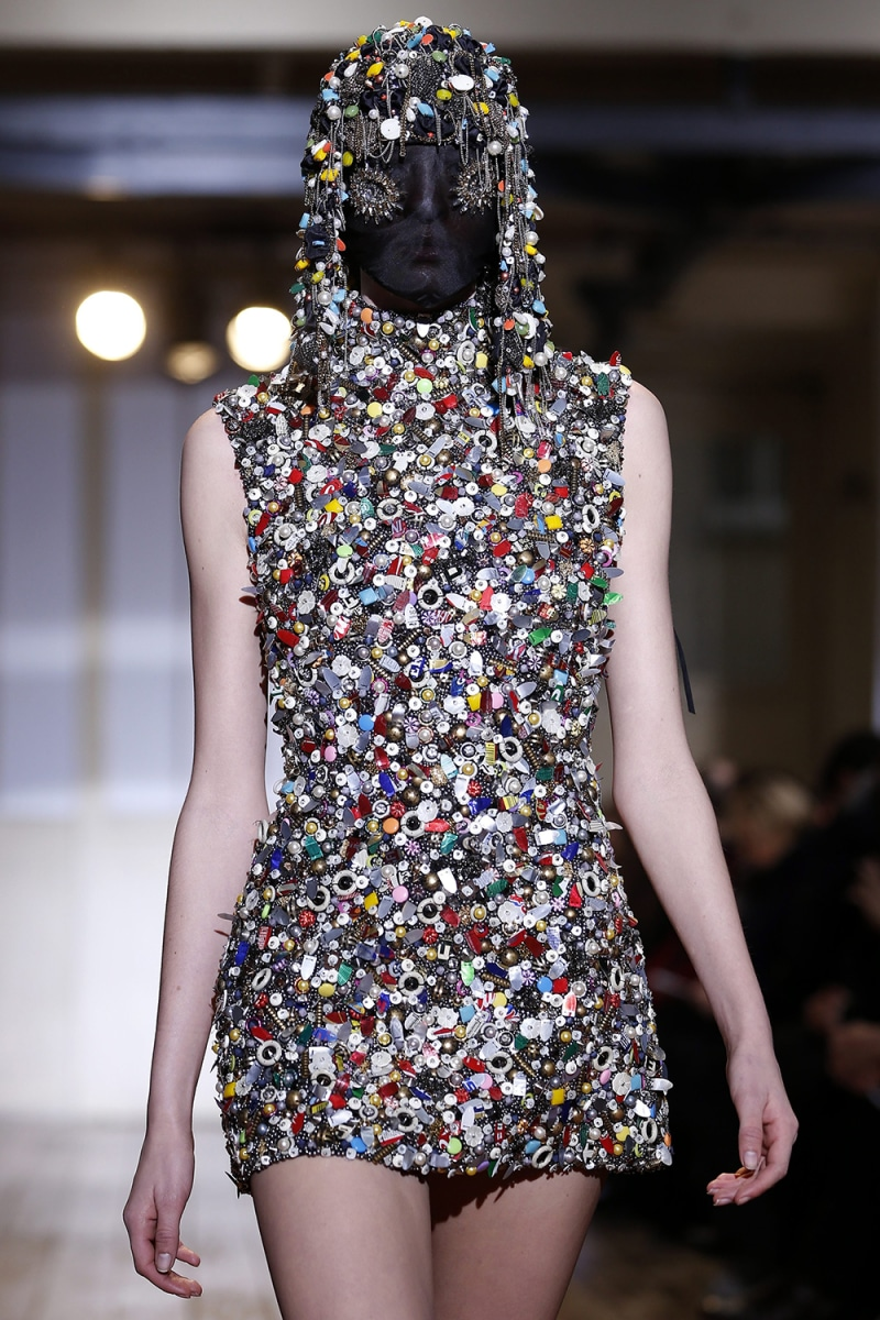 Best of bizarre style paris couture fashion week for Haute couture today