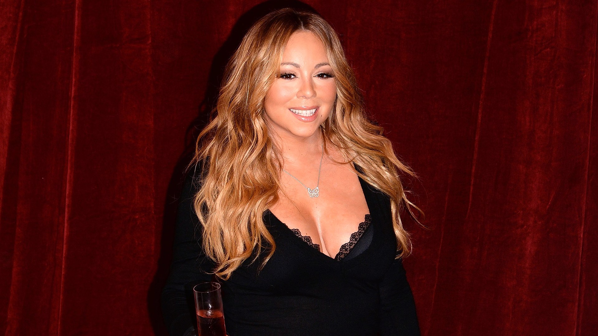 """Image: Mariah Carey Announces The Launch Of Her Go N'Syde Bottle """"Butterfly"""""""