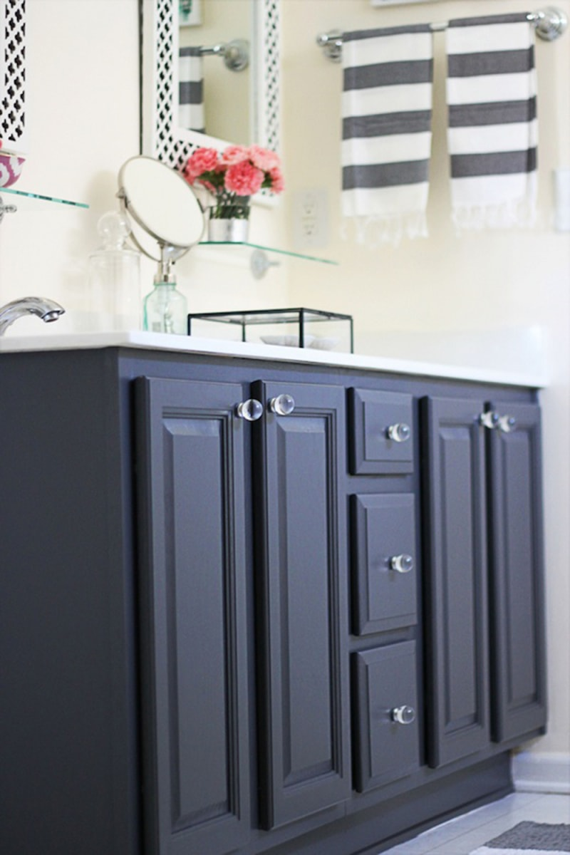 Bathroom ideas cheap and easy ways to make over your for Easy ways to revamp your bathroom