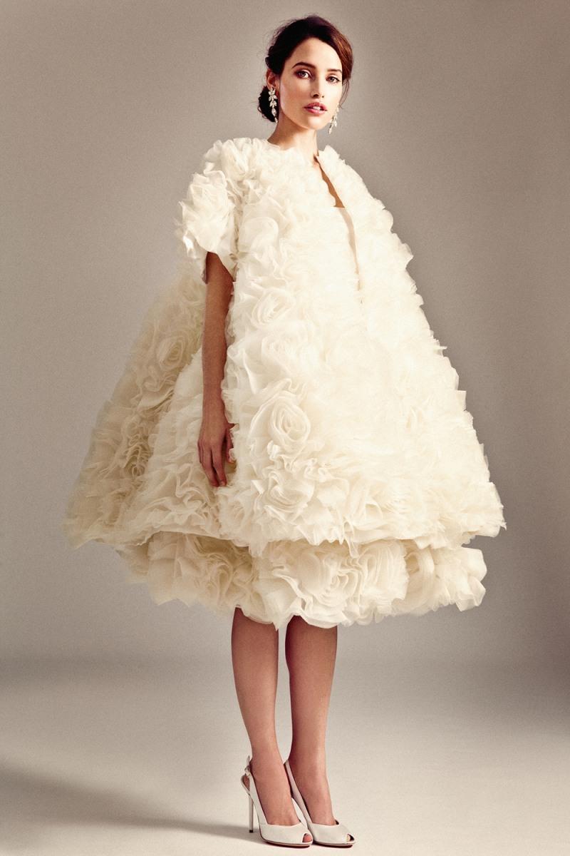 Nice day for a pink wedding? Vera Wang debuts colorful bridal ...