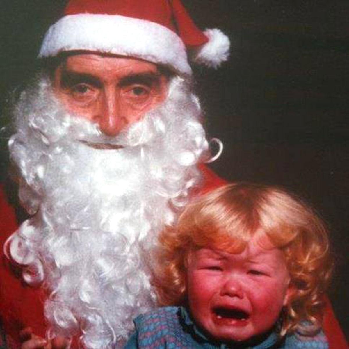 Kids scared of Santa: 15 photos of hilarious ho-ho-horror ...