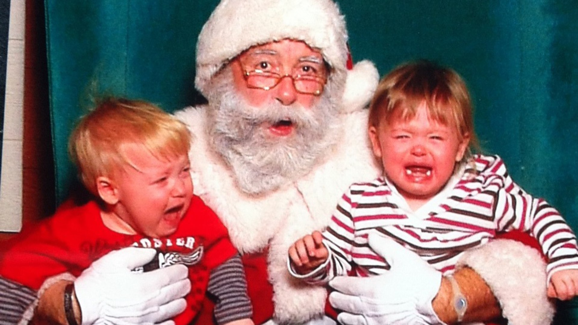 children scared of santa - Santa Claus Children