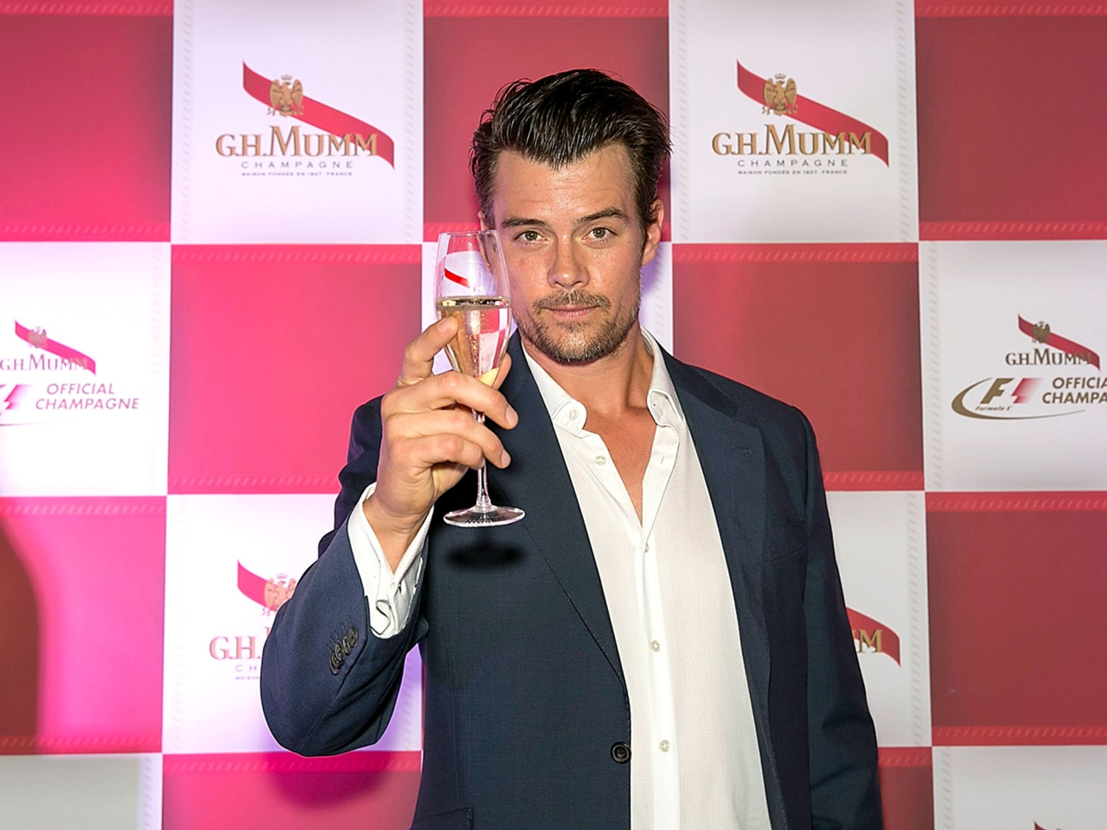 Image: G.H. Mumm Hosts The Art Of Celebration - Formula 1 With Josh Duhamel