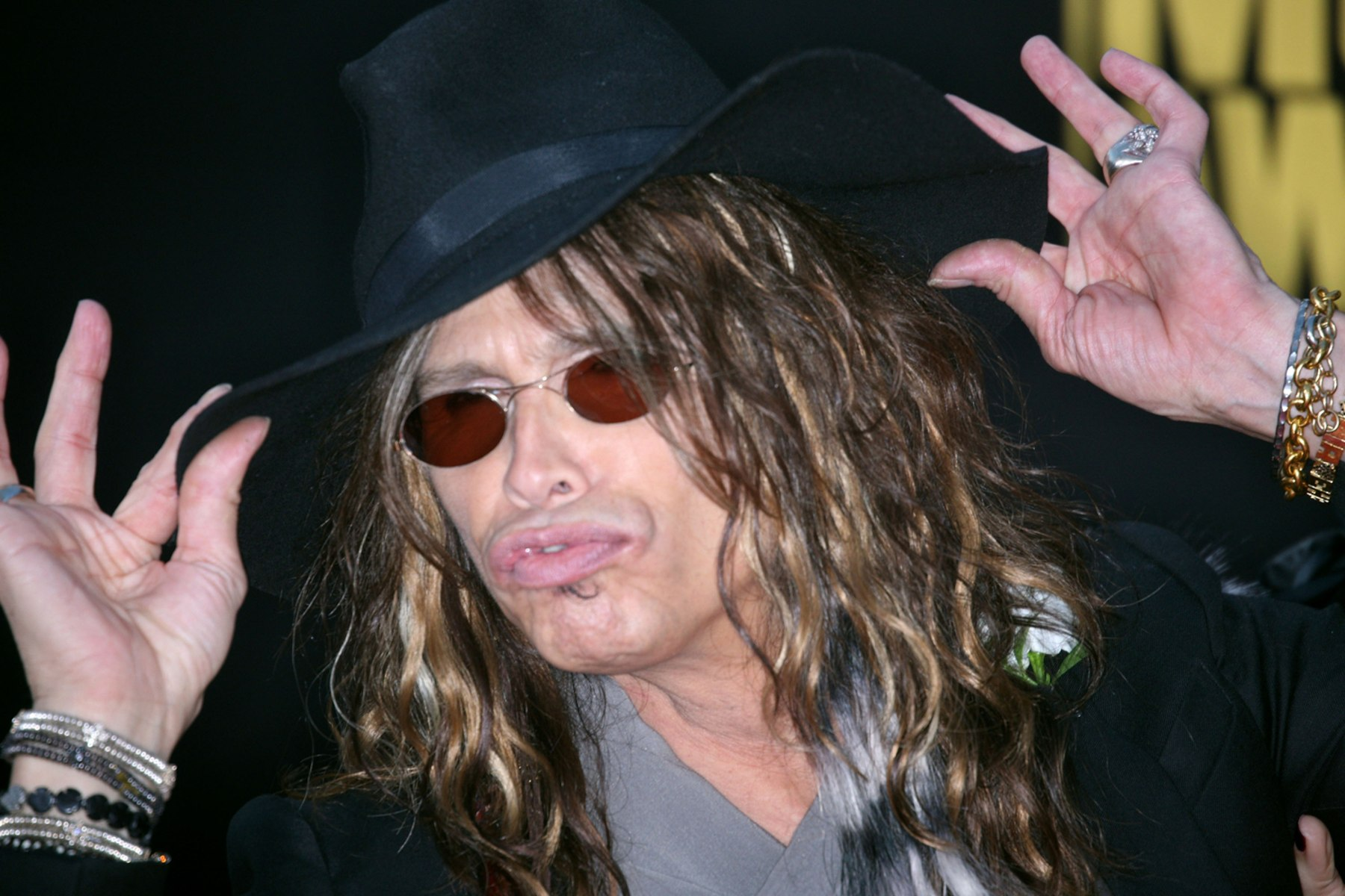 Steven Tyler Talks to Dr. Oz About His Drug Addiction ...
