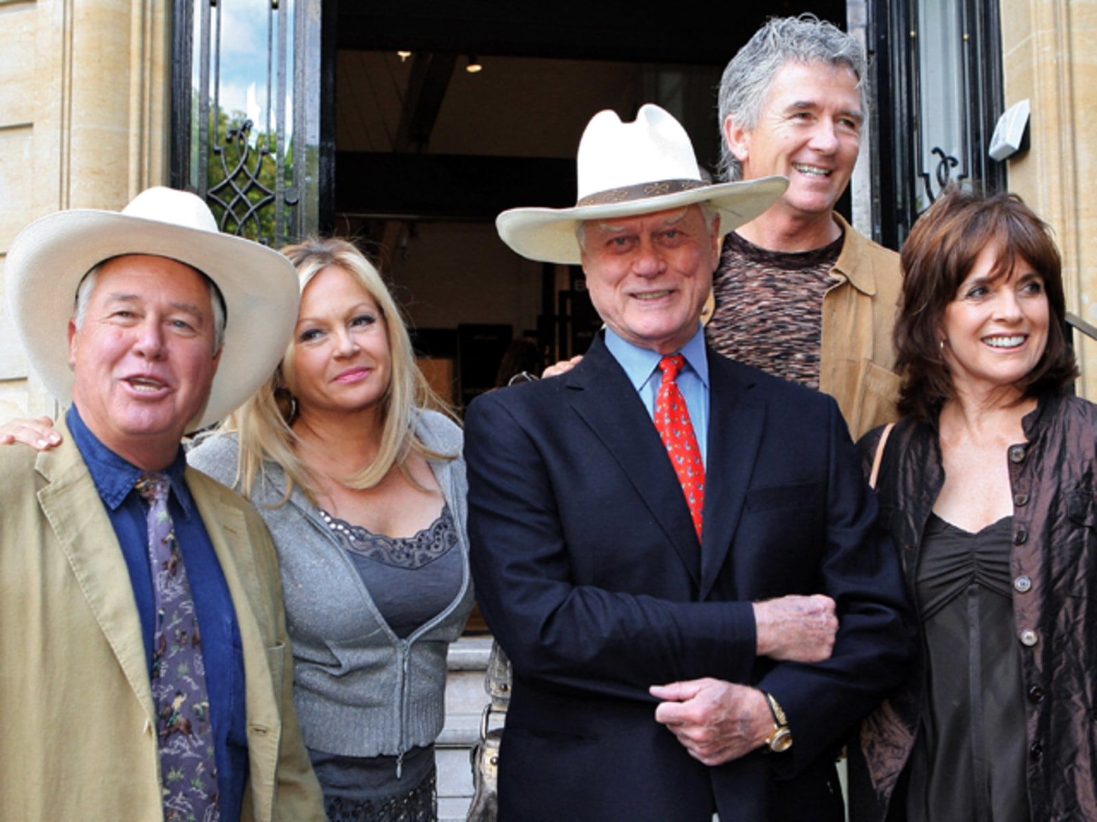 "Image: The cast of ""Dallas."""