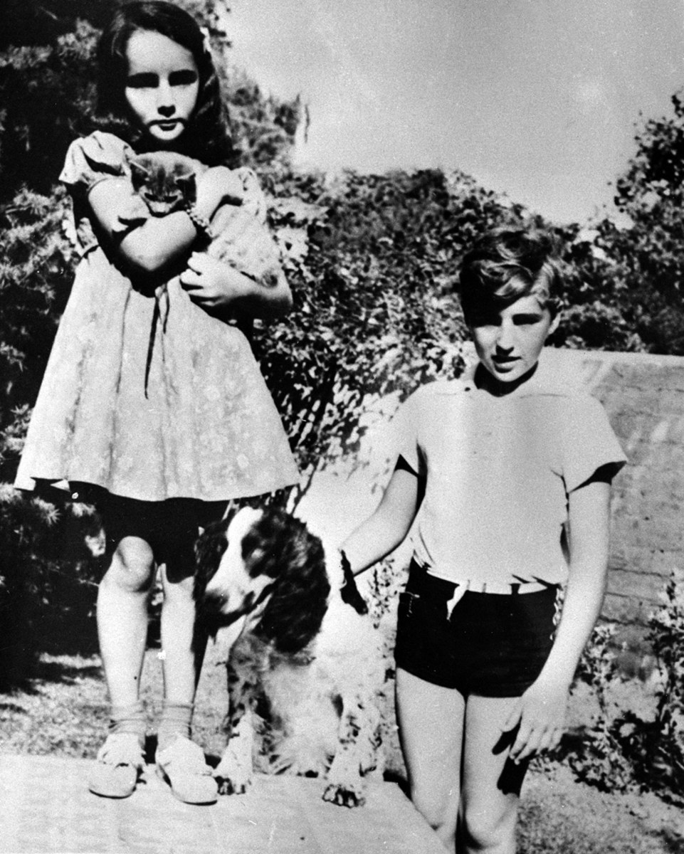Elizabeth Taylor With Her Brother Howard