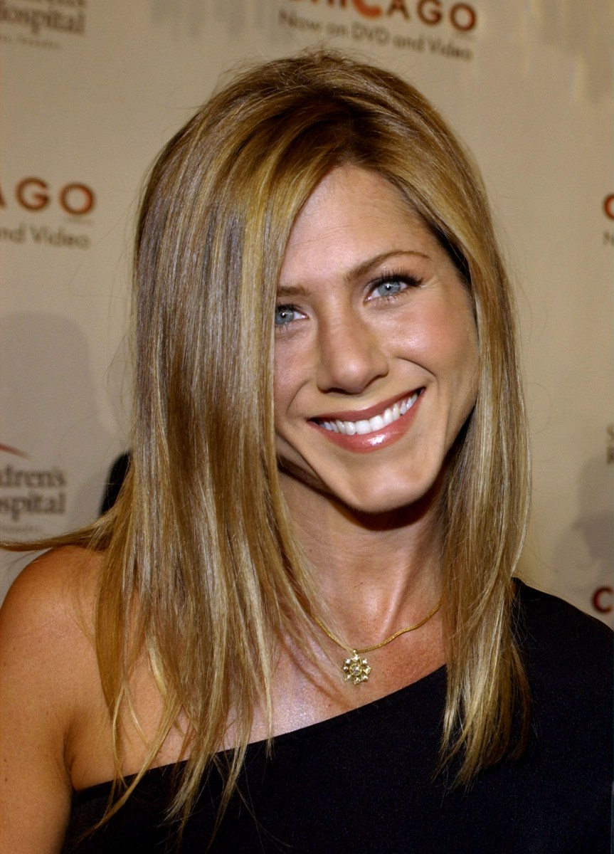 Jennifer Aniston's hair: From 'The Rachel' to her signature 'do Jennifer Aniston