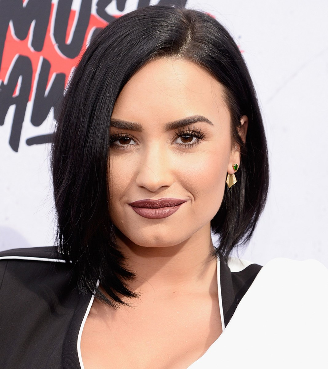 Short hairstyles for 2016: Celebrity-inspired modern