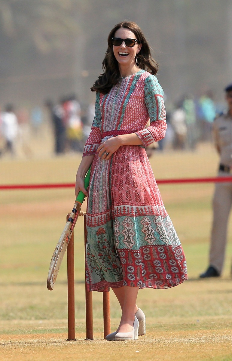 How to get Duchess Kate's look from her India and Buhtan ...